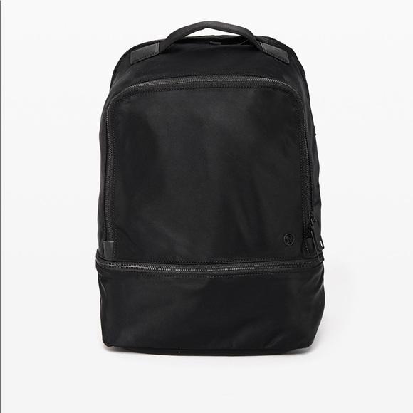 Lululemon City Adventurer 17L backpack
